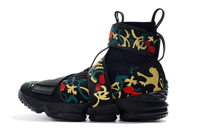 "KITH x Nike LeBron 15 Lifestyle ""King's Crown"" Black/Gold Floral Men's Basketball Shoes"