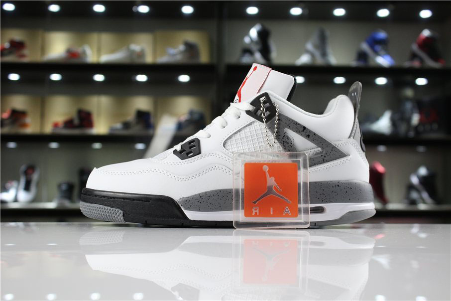 Air Jordan 4 '89 OG White Cement White/Fire Red-Black-Tech Grey 840606-192